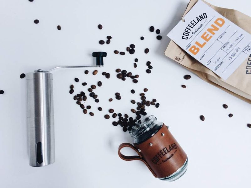 Kopi house Blend adalah perpaduan antara kopi arabicaa dan robusta