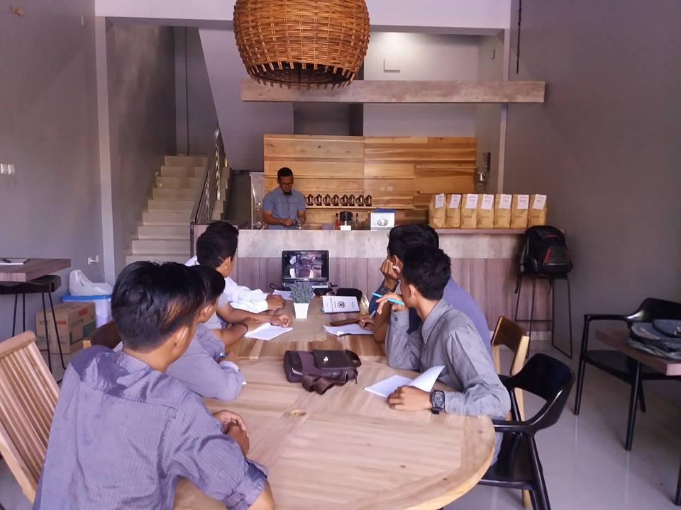 Peluang Bisnis Kedai Kopi Coffeeland