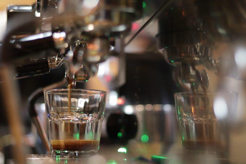 Mesin kopi espresso / Mesin pembuat kopi