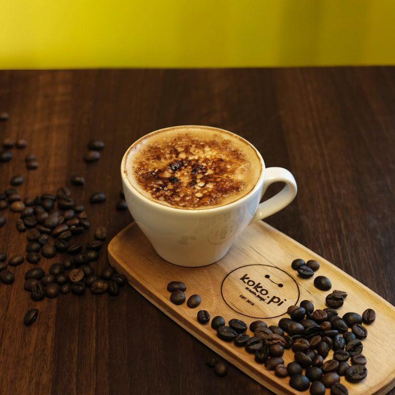 Anda peminum kopi yang aktif? Sebagai peminum kopi yang aktif, pastinya anda tidak mungkin meninggalkan kopi selama sebulan penuh dikarenakan aktivitas berpuasa di bulan Ramadhan ini.